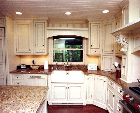 Maple Kitchen with Granite Countertops - Randall Cabinets ...